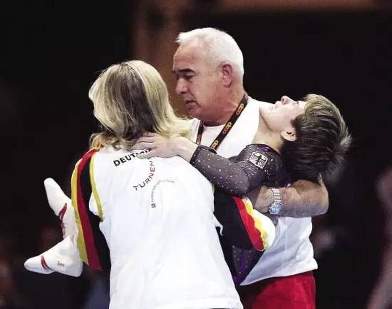 2008年11月02日,丘索维金娜在参加瑞士国际体操比赛中,不幸跟腱断裂